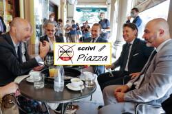 Via Indipendenza Bar-Marco parla + Scrivi Piazza